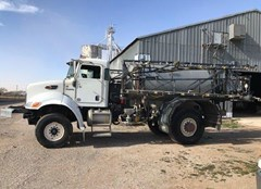 Sprayer-Self Propelled For Sale 2010 Peterbilt