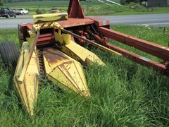 Forage Harvester-Pull Type For Sale 1997 New Holland 790
