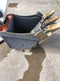 Bucket  Bobcat BU12TRPO