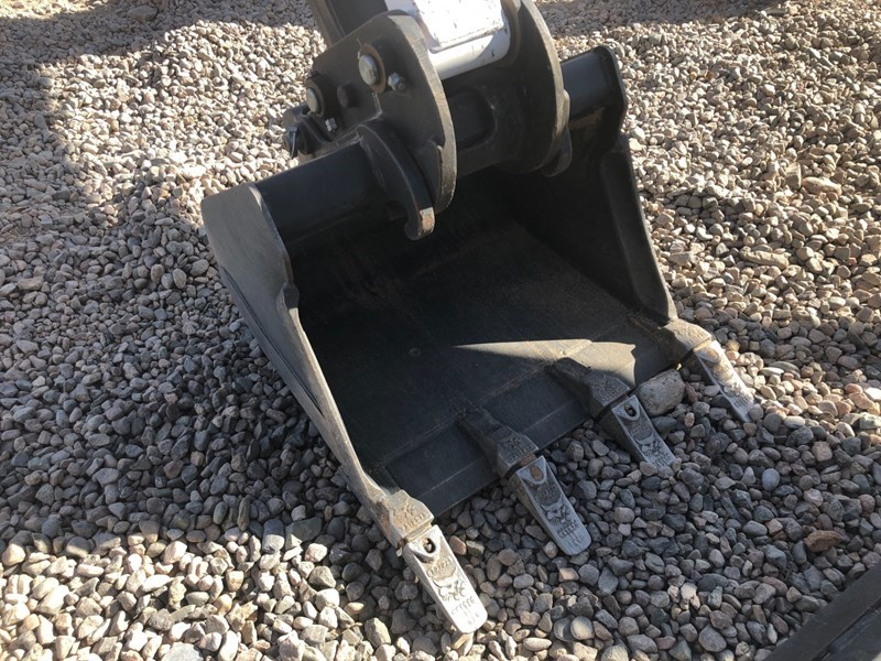 Bobcat MX2-24-T Bucket