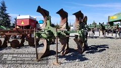 Plow For Sale John Deere 3 BOTTOM