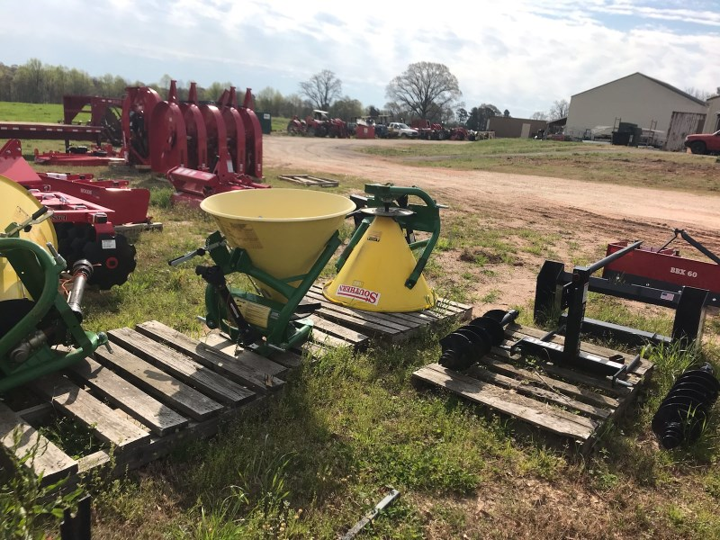 2019 Southeast Seeder Spreader Seeder For Sale