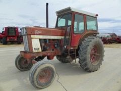 Tractor For Sale 1975 IH 1066 , 125 HP