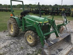 Tractor For Sale 2001 John Deere 790 , 30 HP