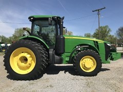 Tractor For Sale 2012 John Deere 8285R , 285 HP