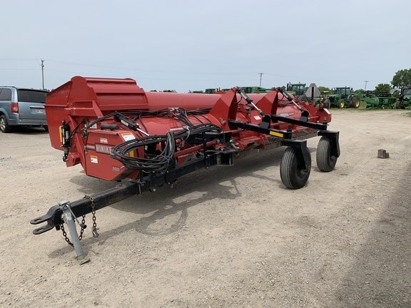 2015 Hiniker 5620HH Windrower For Sale