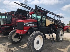 Sprayer-Self Propelled For Sale 2009 Apache 1010 90'