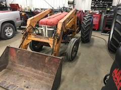 Tractor For Sale 1957 International 350 , 33 HP
