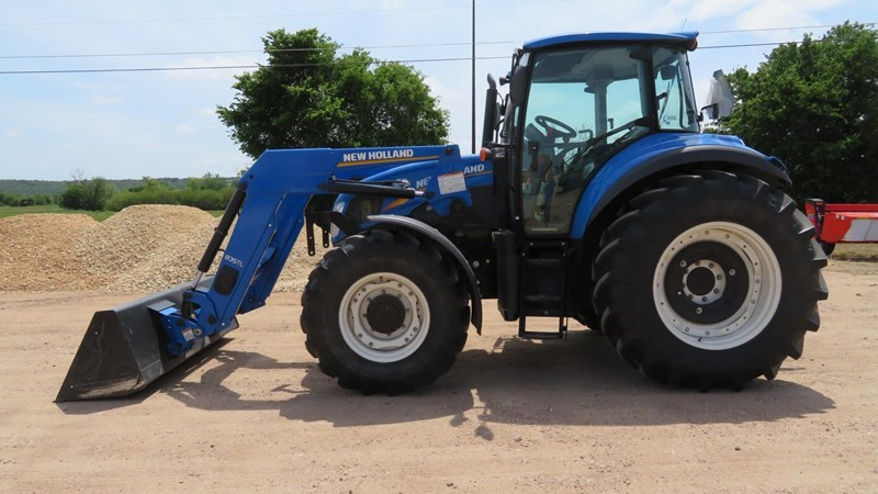 2013 New Holland T5.115 EC Tractor For Sale