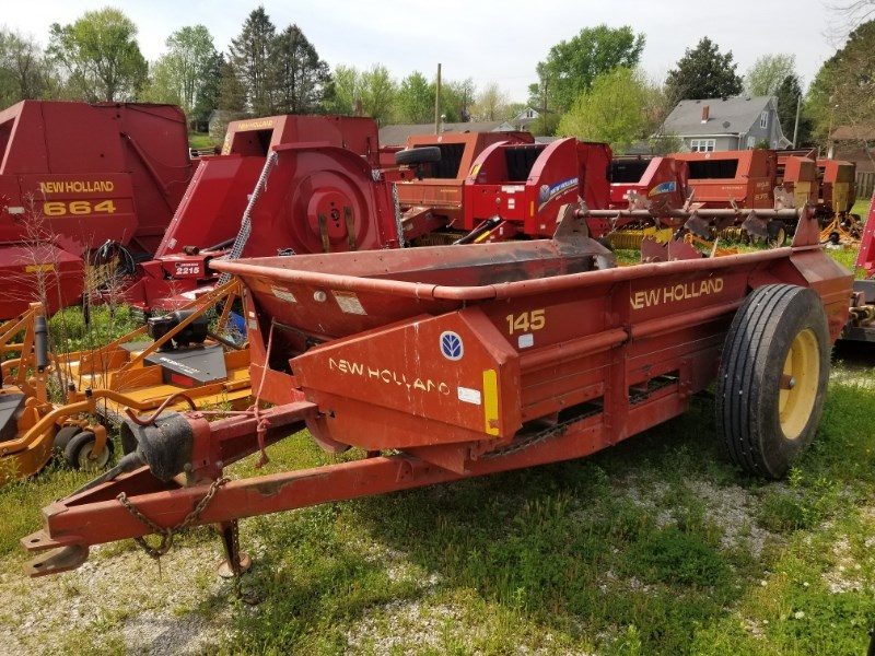 2005 New Holland 145 Manure Spreader-Dry/Pull Type For Sale