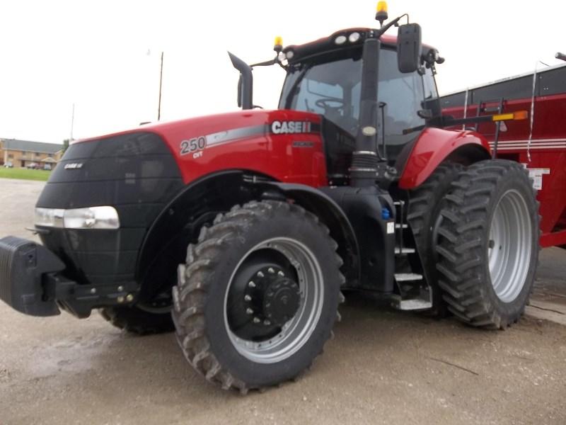 2016 Case IH Magnum 250 CVT Tractor For Sale