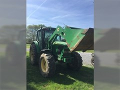 Tractor For Sale 2004 John Deere 6420 , 110 HP