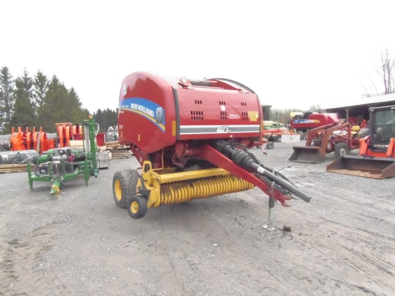2014 New Holland 450 Baler-Round For Sale