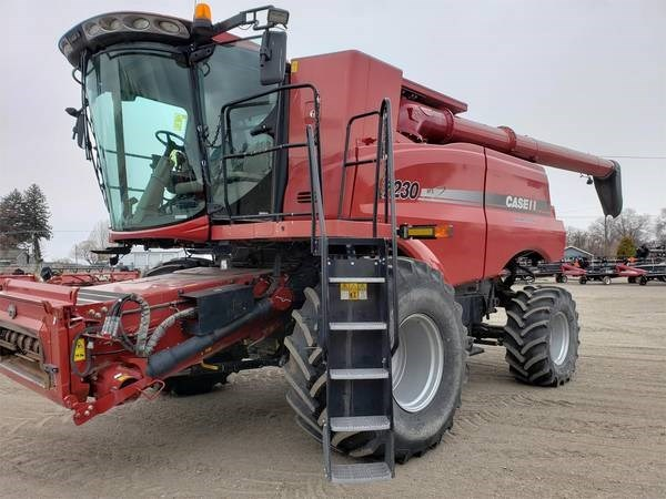 2014 Case IH 7230 Combine For Sale