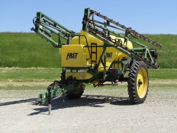 2005 Fast 9612-E Sprayer-Pull Type For Sale