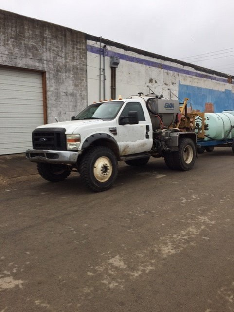 2009 Ford 550 Sprayer-Self Propelled For Sale