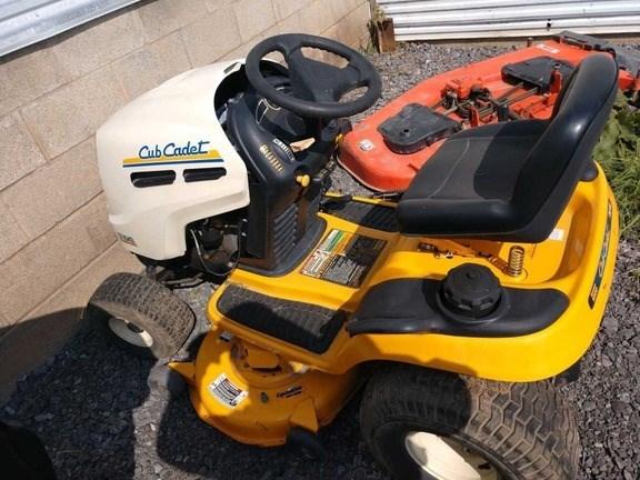 Photos of 2006 Cub Cadet LT1042 Riding Mower For Sale