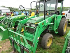 Tractor - Compact Utility For Sale 1998 John Deere 870 , 28 HP