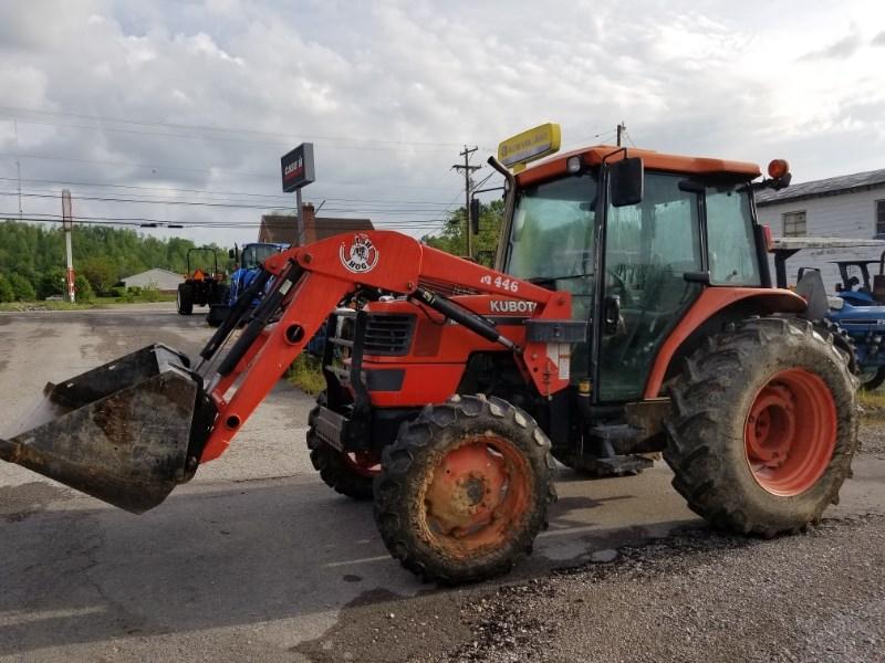 2001 Kubota M6800 C4 LDR Tractor For Sale
