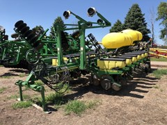 Planter For Sale 2011 John Deere 1770NT