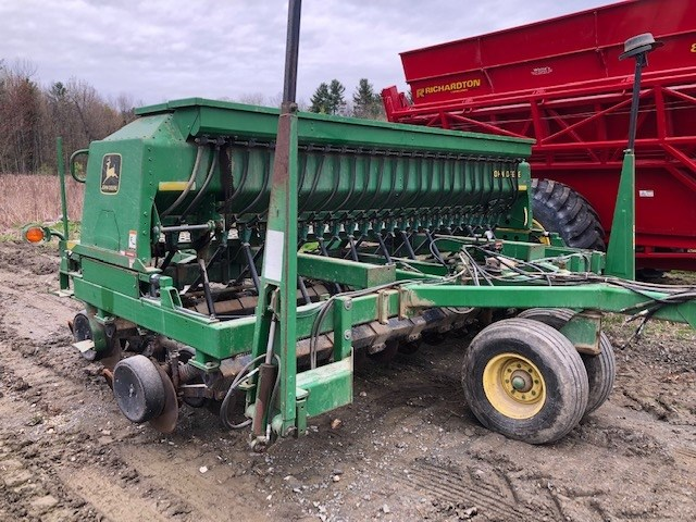 John Deere 1560 Grain Drill For Sale