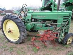 Tractor For Sale 1944 John Deere B , 17 HP