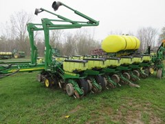 Planter For Sale 2009 John Deere 1770NT