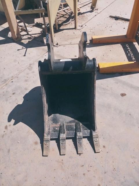 Kubota K7918 Bucket
