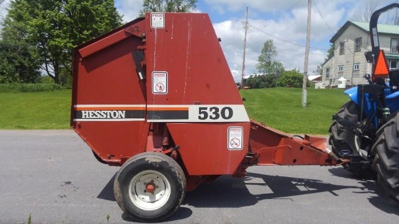 Hesston 530 Baler-Round For Sale