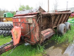 Manure Spreader-Dry/Pull Type For Sale 2013 Kuhn 8118T