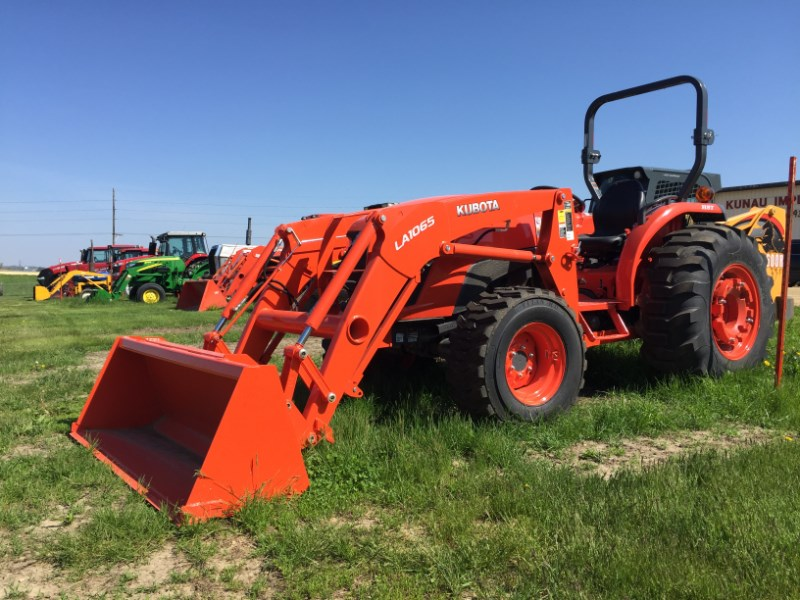 2017 Kubota MX5800HST Tractor For Sale