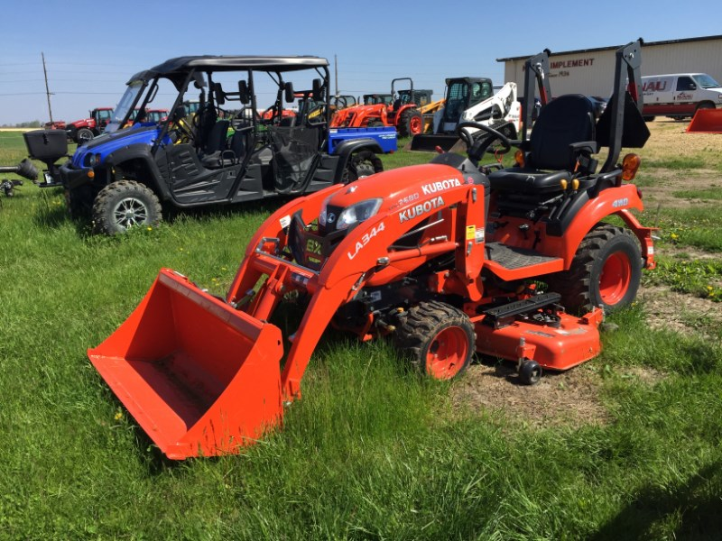 Kubota BX2680 Tractor For Sale