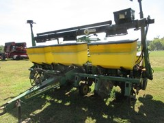 Planter For Sale 2005 John Deere 1750