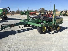 Planter For Sale John Deere 7240