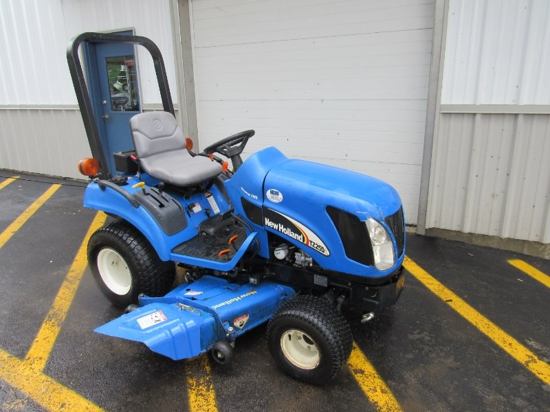2007 New Holland TZ25DA Tractor For Sale