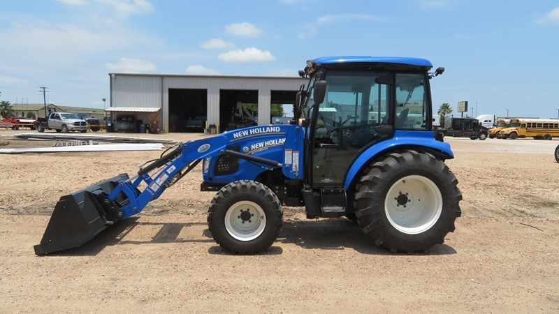 2017 New Holland BOOMER 55 Tractor For Sale