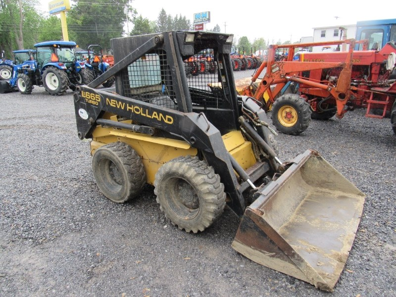 New Holland LX665 Skid Steer For Sale