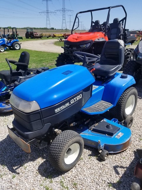 2001 New Holland GT 20 Riding Mower For Sale