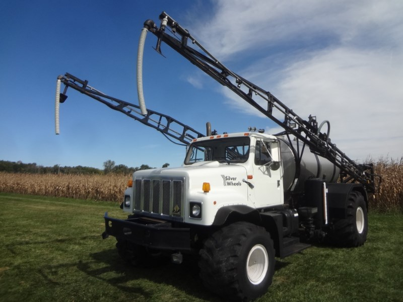 1996 Silverwheels 2574 Floater/High Clearance Spreader For Sale