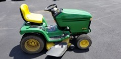 Riding Mower For Sale 2000 John Deere GT225 , 15 HP