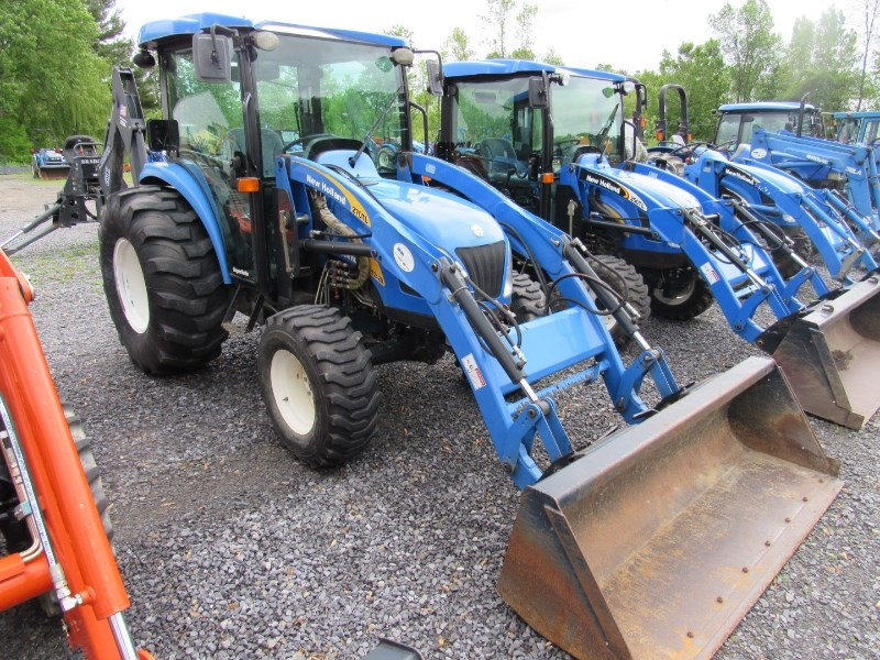 2008 New Holland T2420 Tractor For Sale