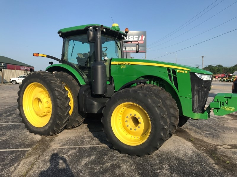 2011 John Deere 8335R Tractor For Sale