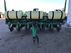 Planter For Sale 1998 John Deere 7200