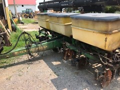 Planter For Sale 1997 John Deere 1750
