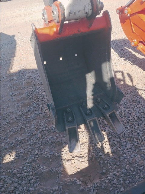 Bobcat BU12TRPO Bucket