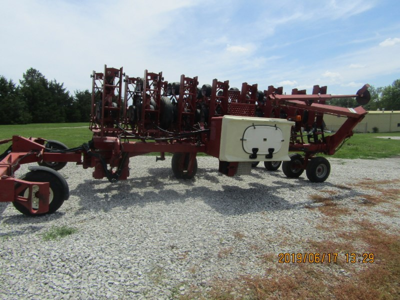 Case IH 900 Planter For Sale