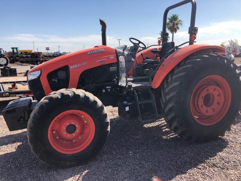 Kubota M6S-111SHD Tractor