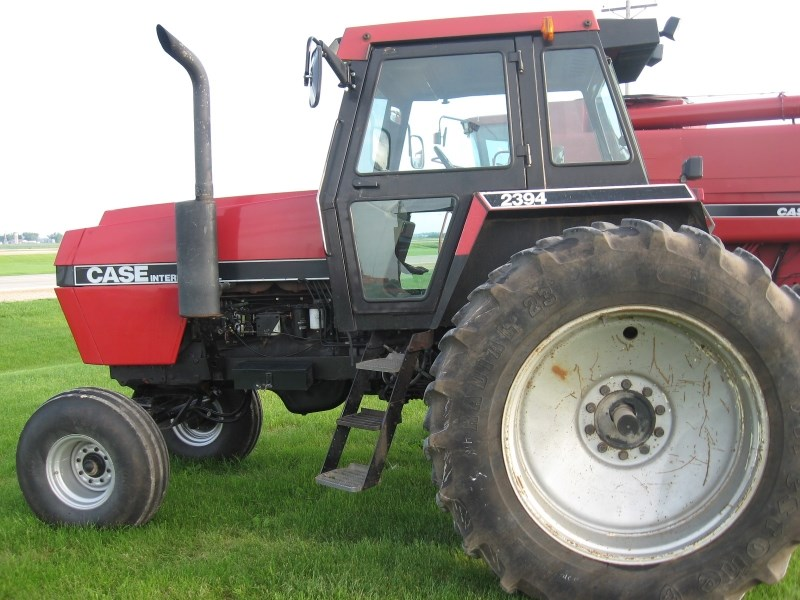 1987 Case IH 2394 Tractor For Sale
