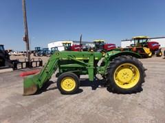 Tractor For Sale 1980 John Deere 950 , 31 HP