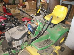 Lawn Mower For Sale 2001 John Deere LX277 , 17 HP